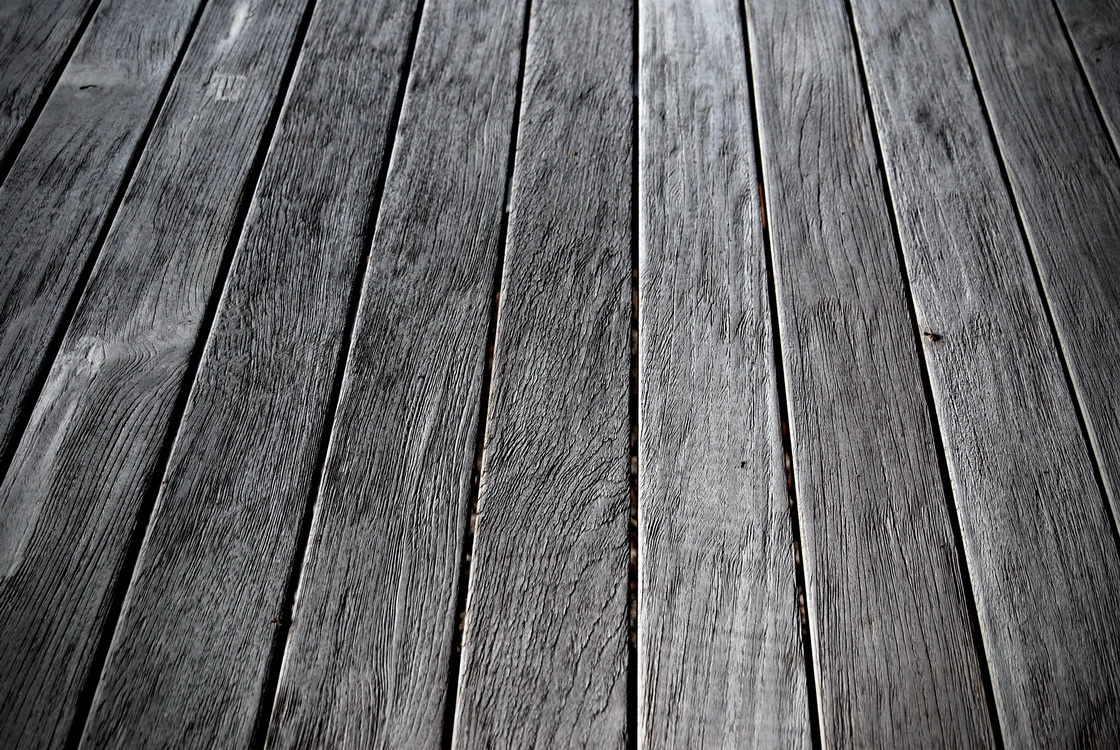 ureditev-okolice-lesena-terasa